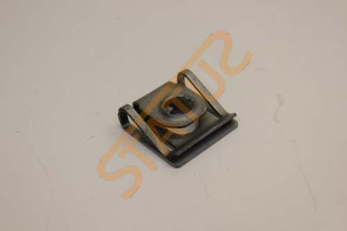 Porsche Boxster 986 Engine Top Upper cover Securing Nut Clip