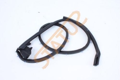 Porsche 911 991 OS Right Door Weather Strip