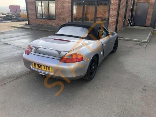 Porsche Boxster 986 Breaking for Wheel Bolt x1